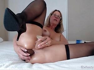 old wife giant dildo porn