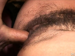 Brunette mom with saggy tits got her hairy cunt fucked