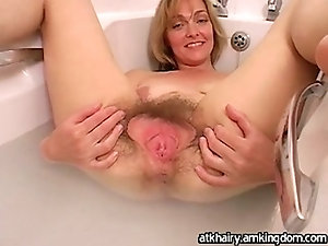 Milf want big dick