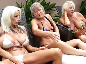 bubble butt milfs fuck pool boy
