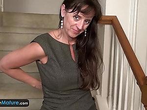 Mature women striptease videos