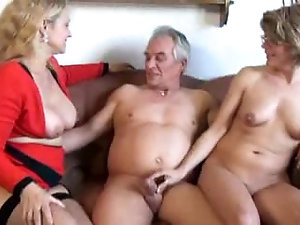 mature ladies threesomes