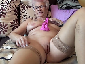 Mature cunts tubes