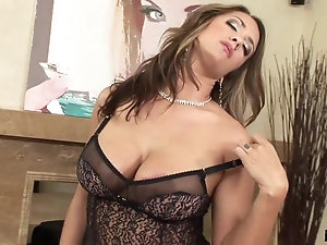 Mature Plumpers Solo - Old Women Solo Videos - The Mature Porn