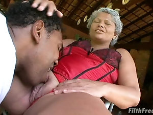 Old mature black sluts getting fucked