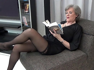 Seems mature ladies in nylons