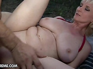 old amateur granny cowgirl porn