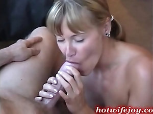 Older horny women giving blow jobs 12