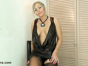 Naked milf intercourse