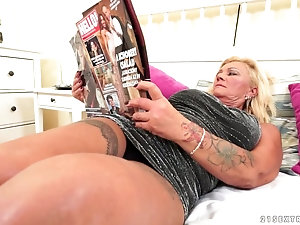 Fucked with love tattooed gilf can not participate